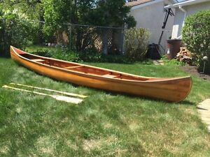 Beautiful Cedar Strip Canoe w/ Paddles!! !-Best price in Wpg-!