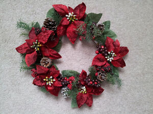 "NEW 14"" Wreath with Poinsettias and Pine Cones"