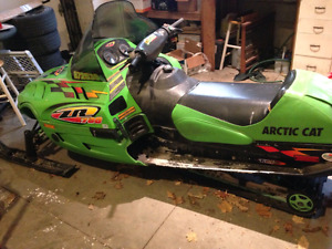 1999 ZR 700 and parts
