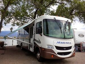 Class A Motorhome off the grid capacity,  exceptional condition.