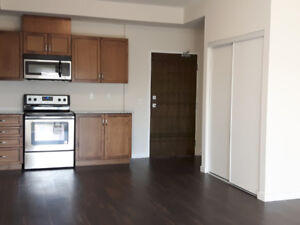 South Guelph 1 Yr New Condo 2 Bed 2 Bath Available Dec 1, 2018