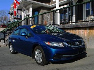 2013 Honda Civic LX / 1.8L I4 / 5spd man. / FWD **Reliable!**