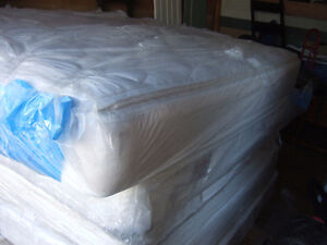 KING MATTRESSES WITH BOXSPRING $150