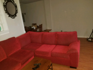 Like new pull out sectional couch ( large) 9ft by 8ft