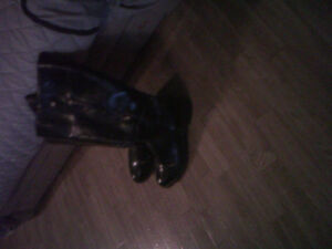 Lady Dress Boots Size 9