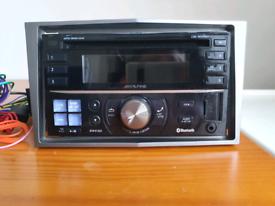 Alpine CDE-W235BT Bluetooth Double Din CD Player