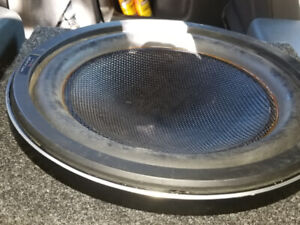 "12"" kenwood excelon sub,box,600rms pioneer amp $200"