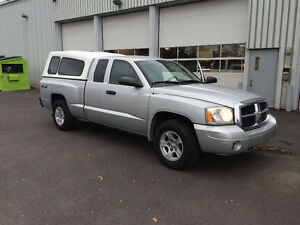 DODGE DAKOTA KING CAB 4X4 BAS MILLAGE CONDITION AA1