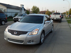 2010 Nissan Altima 2.5S ,Leather, New Brakes