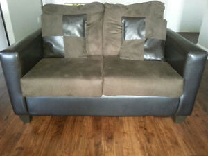 Bonded leather plush couch in great condition Kitchener / Waterloo Kitchener Area image 1