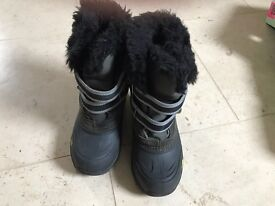 Childrens Snow Boots size 13