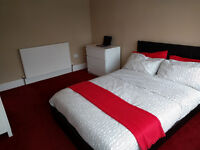 LARGE DOUBLE ROOM IN ILFORD/BARKING - GARDEN, DINNING, BILLS INC