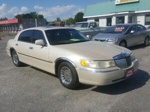 LINCOLN TOWN CAR CARTIER *** FULLY LOADED *** CERT $4995