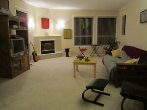 2 bed 2 bath Luxury River front vacation golf property