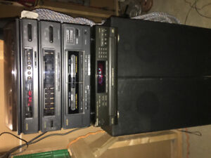 - Sanyo Record Player / Cassette - GXT 939