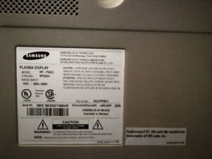 a vendre plasma tv samsung for parts/pieces 20$ MODEL HP-P 5031,