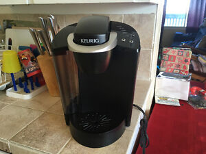 Keurig K50 Classic Series Coffee Brewer With Filter Pod