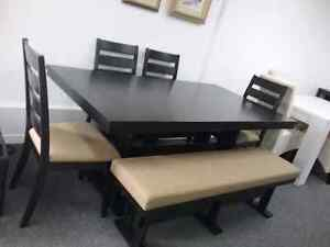1 table 1 banc4 chaises