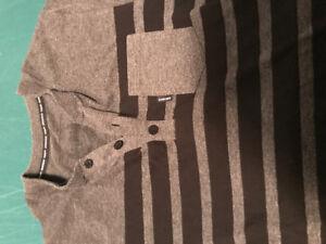 Gongshow short sleeved Henley