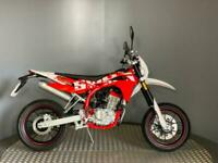SWM SM 125 R SuperMoto 2019 0 Miles - Learner Legal