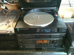 Vintage JVC integrated amplifer with turntable & Tower Speakers Kitchener / Waterloo Kitchener Area image 1