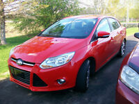 2012 Ford Focus SEL Sedan  ONLY  63 KM FULLY LOADED