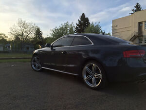 2010 Audi S5 Coupe - with warranty Edmonton Edmonton Area image 3