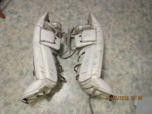 Simmons Custom Pro Goal Pads Moose Jaw Regina Area image 4
