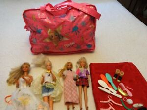 Older Barbie Dolls Clothes Carrying Case Hair Combs Accessories