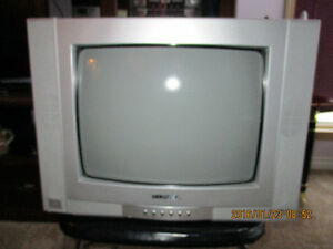 Konka TV - 14 inch- with video and audio