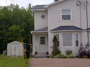 Rent in Riverview close to schools April 1st available