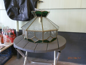 BEAUTIFUL STAINED GLASS CEILING LAMP SHADE!!