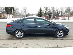 2011 Hyundai Sonata Limited Sedan low km's