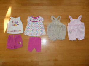 Ensembles, chandails, pantalons, robes, pyjamas etc  6 mois