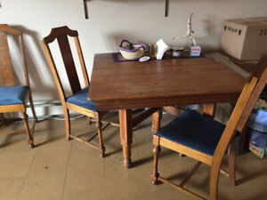 Moving Sale — Dining set and super comfy sectional couch