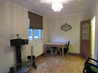 Well Maintained 3 Bed Flat Just off Roman Road Available Now!