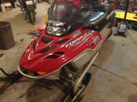 COMPLETE PART OUT 2001 Skidoo Formula Deluxe 700