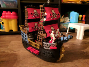 Bateau de pirate Fisher Price Imaginext