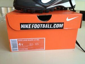 Boys Nike Football Cleats Kingston Kingston Area image 2