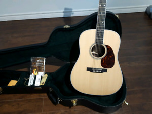 Mint 2015 Martin D-16RGT acoustic electric with Roland AC-90 amp