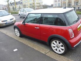 2004 face lift mini Cooper with chilli pack great condition