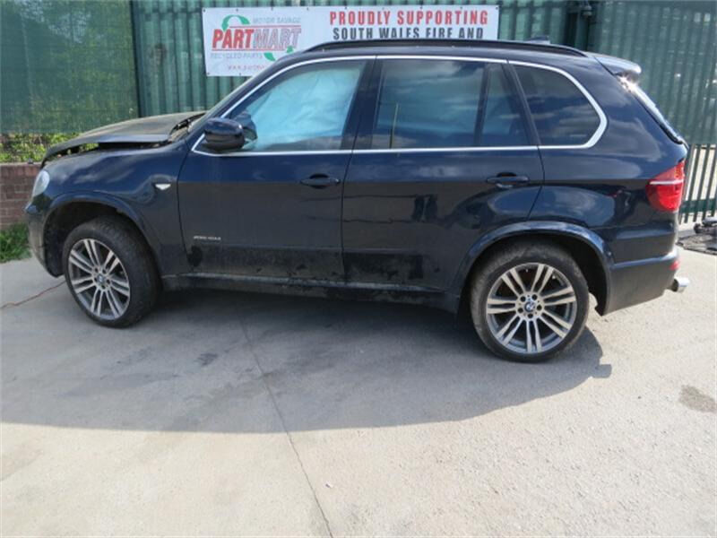 Bmw e70 x5 3.0 diesel lci msport salvage cat B breaking for spares and repairs call parts xenon