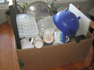 Huge box of kitchen items - $5
