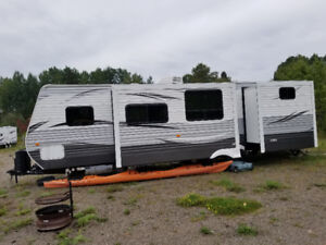 3 year old travel trailer