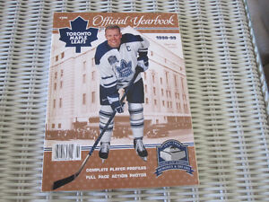 NHL Toronto Maple Leafs 1998-99 Official Yearbook--MINT