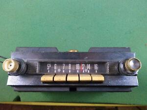 Old Ford Edsel ? Radio