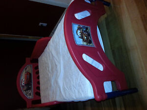 Cars bed/mattress included