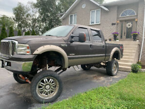 Need a lift??  **FORD SUPER DUTY LARIAT F250** for sale