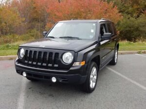 2015 Jeep PATRIOT NORTH WITH SUN AND SOUND!