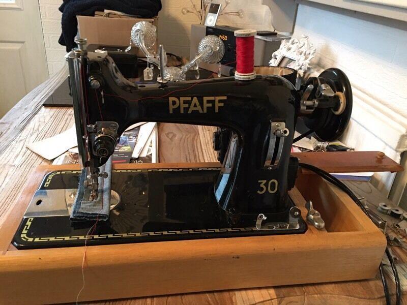 pfaff 30 upholstery leather heavy duty sewing machine in norwich norfolk gumtree. Black Bedroom Furniture Sets. Home Design Ideas